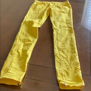 Yellow polo skinny jeans